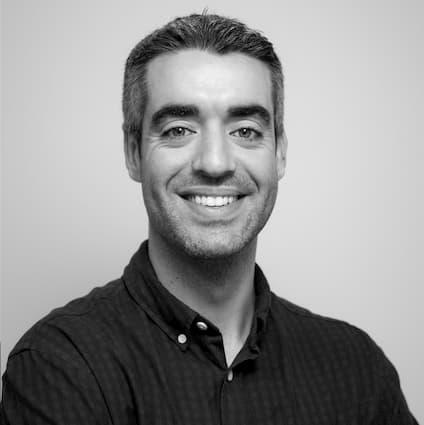 Carlos García perfil